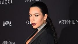 Unggah Foto Bugil, Kim Kardashian Kena Tegur Selebriti