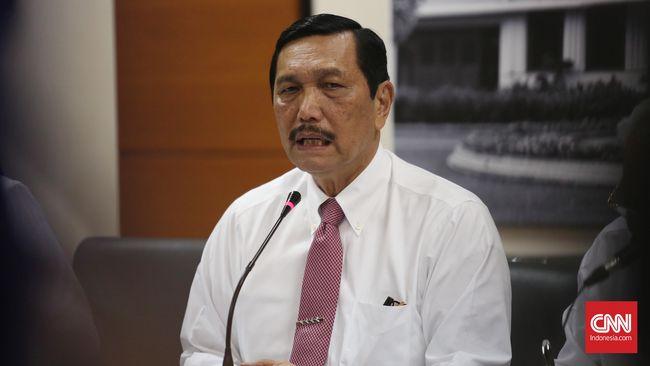 Menko Kemaritiman Luhut Panjaitan menyebut investasi hijau diperlukan untuk menjaga kelestarian hutan di Papua.