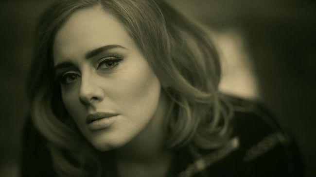 Adele di Video Klip Hellovv