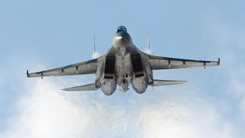 Jet Su-35 Rusia Cegat Pesawat AS di Tengah Pandemi Corona