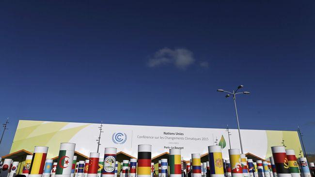 Desakan mengenai perubahan iklim sebenarnya sudah cukup lama dirasakan oleh PBB. UNFCCC sendiri lahir dari desakan publik internasional.