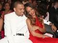 Chris Brown dan Rihanna 'Akur' dalam Album Musik Kompilasi