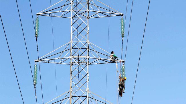 Direktur PT PLN Wanhar menyebut perusahaan asal Australia Sun Cable berencana mengekspor listrik ke Singapura melalui kabel bawah laut Indonesia.