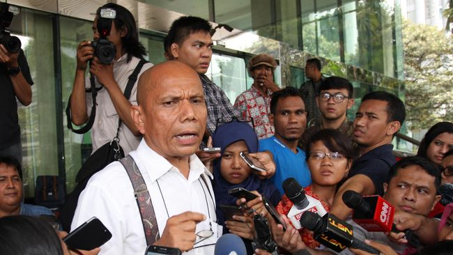 Keputusan pembentukan TGPF ada di tangan Kapolri Tito Karnavian. Namun, tanggung jawab sepenuhnya ada di Presiden Jokowi.