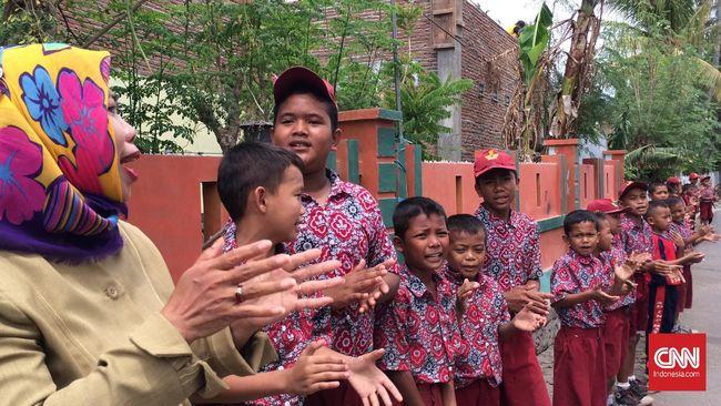 Bank Dunia menyebut anggaran pendidikan di pemerintah lokal menunjukkan angka yang tinggi, namun semua itu belum mendongkrak kualitas murid.