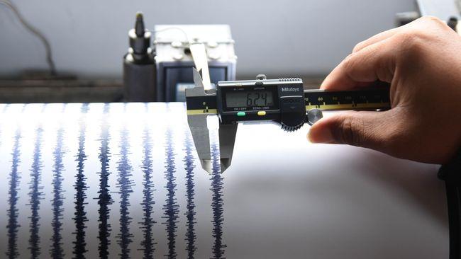 Gempa bumi dengan magnitudo 5,6 mengguncang Melonguane, Sulawesi Utara, pada Kamis (13/5) dini hari.