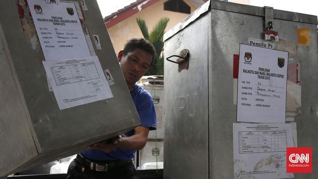 Sejumlah tempat pemungutan suara di Tangerang Selatan, kota pimpinan Airin Rachmi Diany, akan disambangi Menkopolhukam Luhut Binsar Pandjaitan.