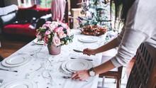 Dubai Tak Lagi Wajibkan Restoran Pasang Tirai saat Ramadan