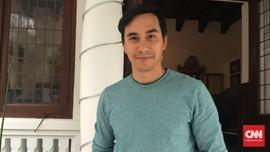 Darius Sinathrya Komentari Kisruh Suporter Indonesia-Malaysia