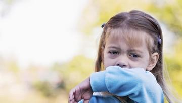 Pertolongan Pertama Saat Anak Tersedak