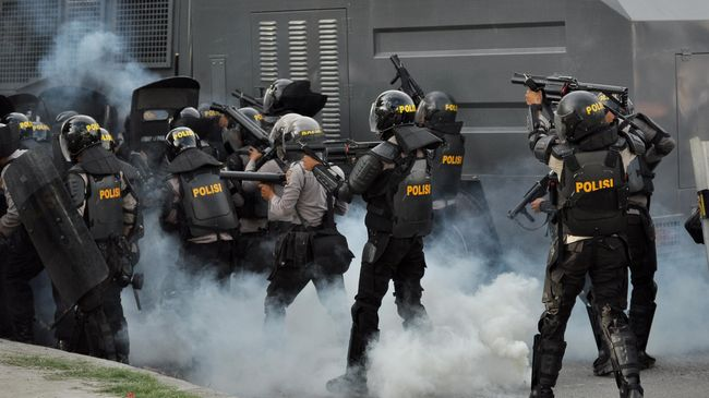 Tiga orang terkena peluru karet dalam perusakan kantor Bupati Keerom, Papua, dengan dua di antaranya masih dirawat di RS Bhayangkara.