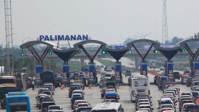 Saat ini, jumlah pintu tol yang bisa dioperasikan di Tol Palimanan hanya. Rencananya angka tersebut akan ditingkatkan dua kali lipat saat arus mudik.