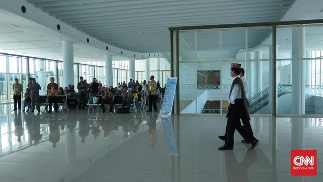 Kementerian Perhubungan menargetkan lelang pengembangan Bandara Komododi Labuan Bajo, NTT kelar 2019 mendatang.