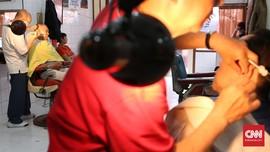 Nasib Usaha 'Wong Cilik' Terlindas Roda Ekonomi dan Corona