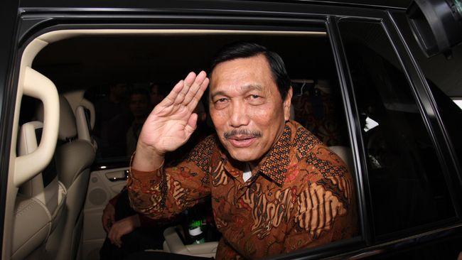 Menko Polhukam Luhut Pandjaitan berkata, pemerintah berkeras menerapkan metode rekonsiliasi pada penyelesaian kasus pelanggaran HAM masa lalu.