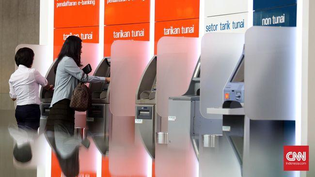 Lakukan penarikan uang di ATM BNI Kendari, nasabah BNI dan BCA terkena skimming dan uang diambil pelaku di Semarang dan Filipina.