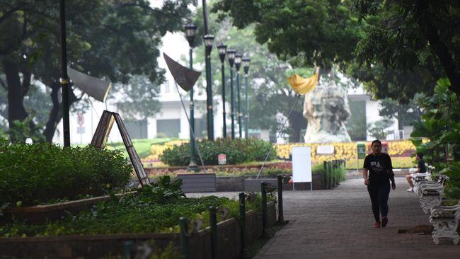 Taman terbanyak bakal dibangun di Jakarta Timur dan Jakarta Selatan lantaran begitu banyak lahan potensial di kedua wilayah tersebut.