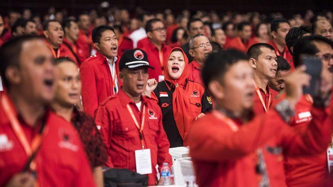 DPD PDIP Jawa Tengah bergejolak lantaran ada sejumlah kader yang ingin agar partai mengusung Ganjar Pranowo menjadi calon presiden.