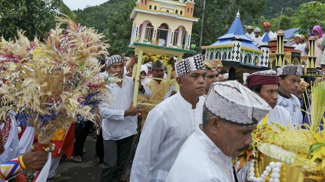 Indonesia di mata sembilan pewarta foto bukan lagi kawasan mainstream incaran para turis, melainkan kawasan indah tak terjamah.