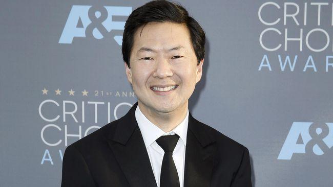 Ken Jeong disebut akan muncul di 'Avengers: Endgame,' bersama beberapa karakter yang sudah tewas di film-film sebelumnya.