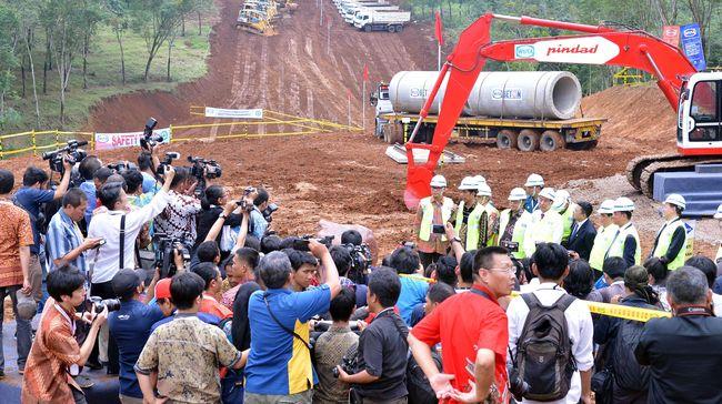PT Kereta Cepat Indonesia China mencatat sejak peletakan pertama 2016 lalu, hingga saat ini konstruksi kereta cepat Jakarta-Bandung baru 5 persen.