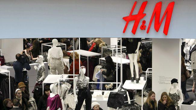 Perkumpulan seniman grafiti memboikot peritel pakaian H&M karena menggunakan karya seni jalanan berupa grafiti dalam iklan untuk promosi produknya.