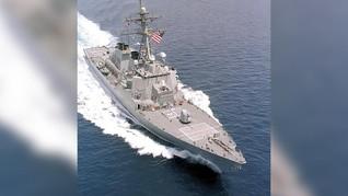 Kapal Perang AS Meledak, 21 Orang Luka-luka