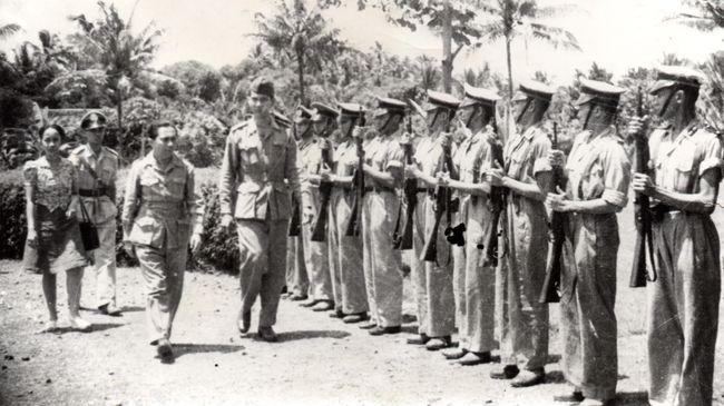 Selain Kapolri pertama Jenderal Raden Said Soekanto Tjokrodiatmodjo, Presiden juga memberi gelar pahlawan nasional 2 tokoh di Maluku Utara dan Papua Barat.