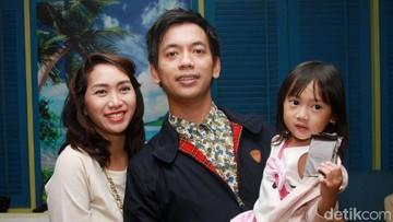 Cerita Rian D'Masiv Tak Bisa Temani Istri Melahirkan Anak ke-2