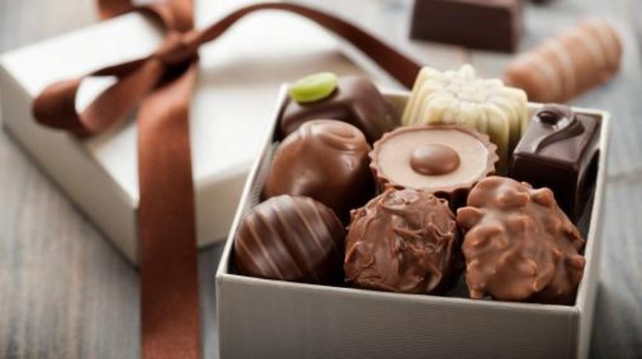 Alasan di Balik Anjuran 'Kalau Anak Batuk Jangan Makan Cokelat Dulu'