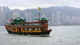 Corona Reda, Hong Kong Izinkan PNS Kembali Kerja di Kantor