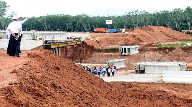 Pelaku penusukan Wiranto tak lagi tinggal di Sumut karena rumahnya tergusur proyek pembangunan Tol Trans Sumatera yang digencarkan Jokowi.