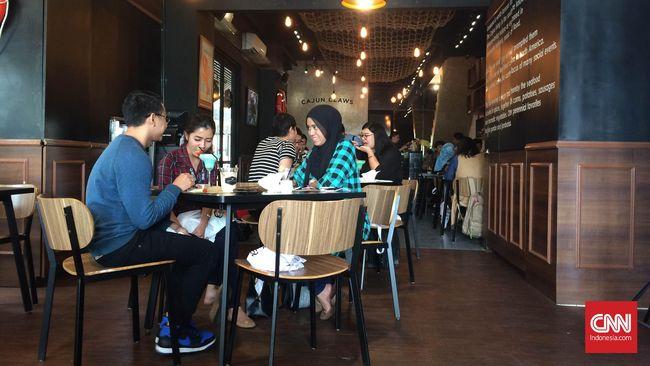 Kebutuhan dan gaya hidup penduduk Indonesia membuat peluang bisnis kuliner semakin berkembang.