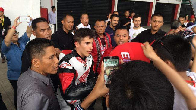 CEO Dorna Sports, Carmelo Ezpeleta, mengatakan Indonesia kemungkinan besar baru bisa menjadi salah satu tuan rumah seri MotoGP pada 2019.
