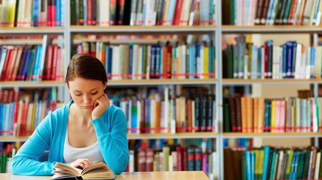 Banyak universitas swasta yang memiliki kualitas tak kalah baik dengan perguruan tinggi negeri.