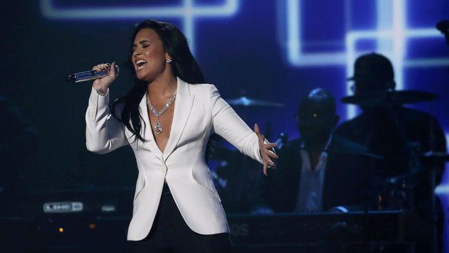 Penyanyi Demi Lovato yang telah pulih dari kecanduannya merasa jauh lebih baik dan siap menyebarkan sikap positifnya kepada penggemar melalui lagu-lagu baru.