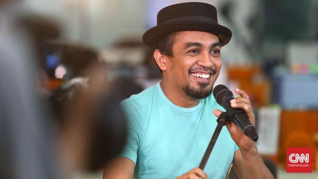 Glenn Fredly terlibat dalam Asian Para Games 2018 sebagai salah satu penyanyi yang menyanyikan lagu resmi 'Kita Semua Sama'.