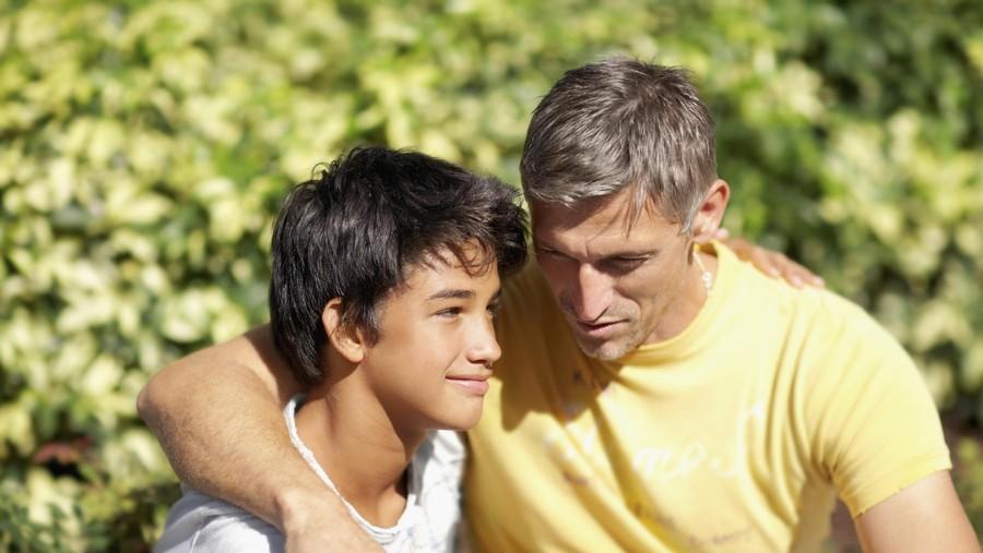 Manfaat Keterlibatan Ayah Bermain dengan Anak