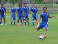 Gol Atep dan Febri Bawa Persib Tekuk Gresik United