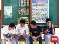 Dampak Candu Gadget pada Remaja dan Tips Mengatasinya