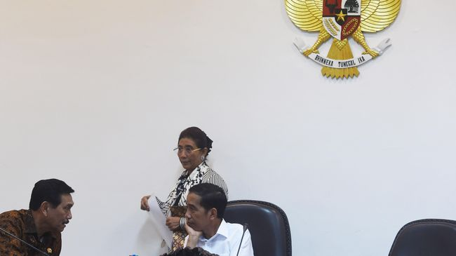 Menteri Koordinator Bidang Kemaritiman Luhut Binsar Panjaitan menyindir salah satu mantan Presiden RI yang baru-baru ini memaparkan sejumlah data