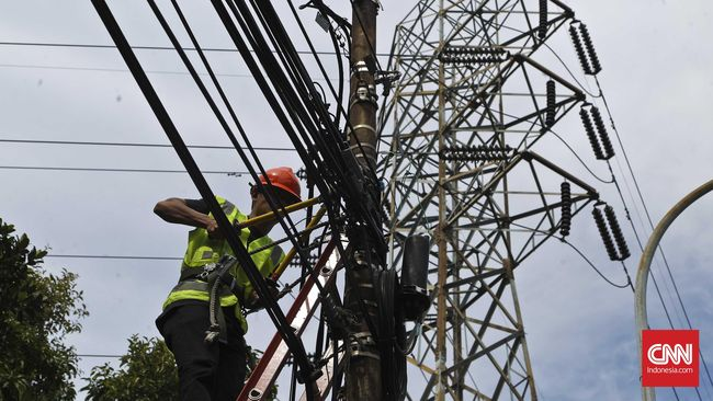 YLKI usul tarif listrik pelanggan rentan miskin dipangkas untuk menjaga daya beli yang tergerus di tengah pandemi corona.