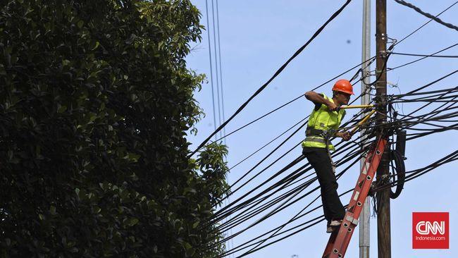 Konsumsi listrik tumbuh 16,6 persen per Mei 2021 secara tahunan (year on year/yoy). Pertumbuhan terjadi di seluruh kelompok, terutama rumah tangga.