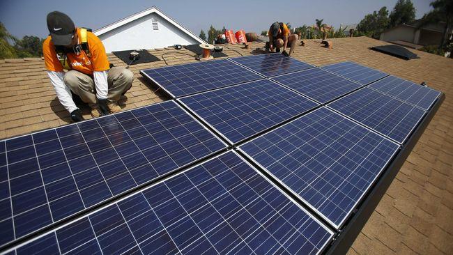pemerintah diminta memberi bantuan pembiayaan untuk masyarakat yang ingin memasang panel surya atap (solar rooftop) seperti Pemerintah India.