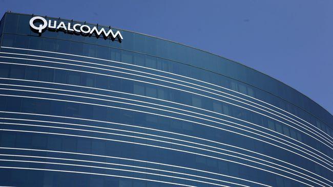 Setelah Google, tiga perusahaan pemasok cip yakni Intel, Qualcomm dan Broadcom dikabarkan turut setop bisnis mereka dengan Huawei.