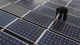 Semua Pembangkit Listrik RI Gunakan Energi Bersih pada 2060