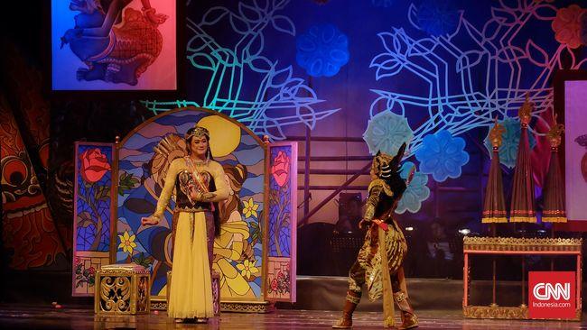 Panggung teater, tari, dan musik mengalami penurunan dan keterpurukan. Para pegiat seni bertahan di antara minimnya dana dan minat penonton.