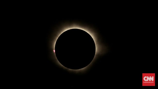 Peneliti berhasil memulihkan film gerhana matahari total pertama yang kini telah berusia 109 tahun karena pertama kali direkam pada 1900.