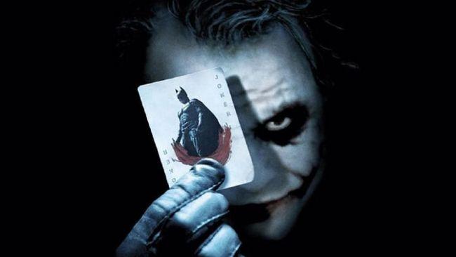 Seorang penggemar DC Comics dari Rusia yakin bahwa sejatinya Joker seorang pencinta sesama jenis dan punya perasaan terhadap Batman.