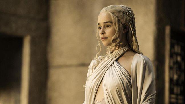 Serial Game of Thrones sudah berakhir pada Mei lalu. Namun, misteri gelas kopi dalam adegan di musim final GoT belum terpecahkan setelah para aktor membantah.